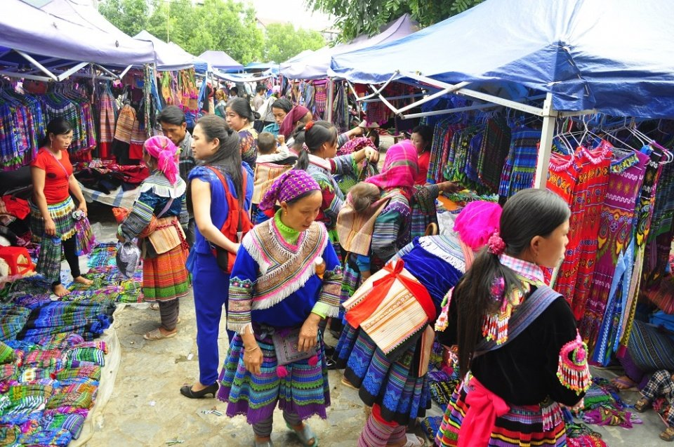 Bac Ha Markt Vietnam Reisen Asiatica Travel