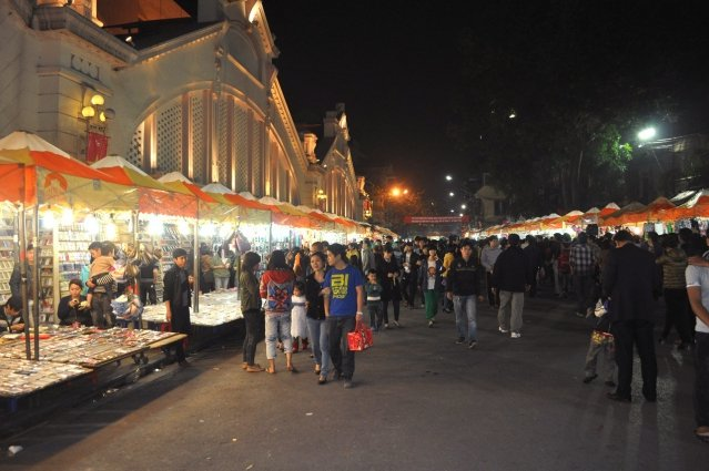 Night market_Fotor