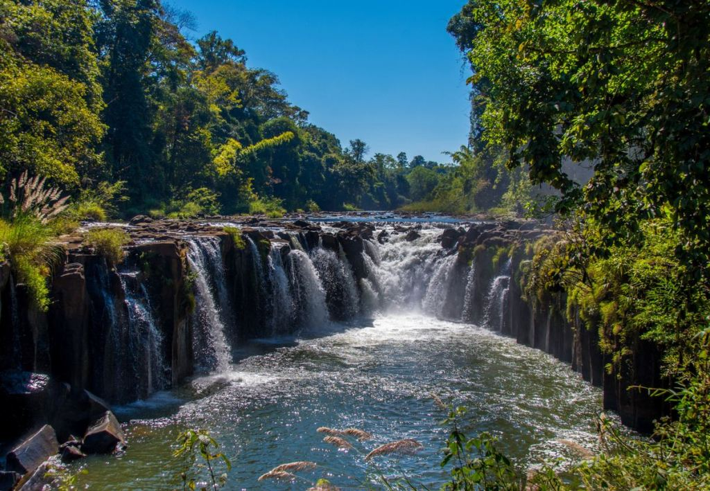 Tad Phasoum Wasserfall in Bolaven Plateau