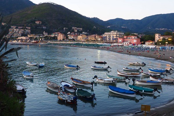 Levanto-Italien-Asiatica-Travel -Reisennachasien.com