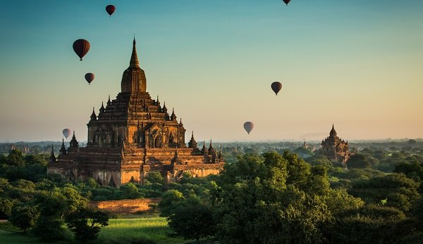 Reise nach Myanmar Pagode